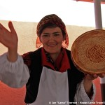 bread-vendor-ferghana-valley-uzbekistan